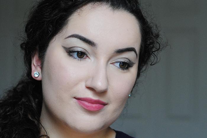 http://www.beauteabar.com/blog/guest-post-a-very-vapour-makeup-tutorial/