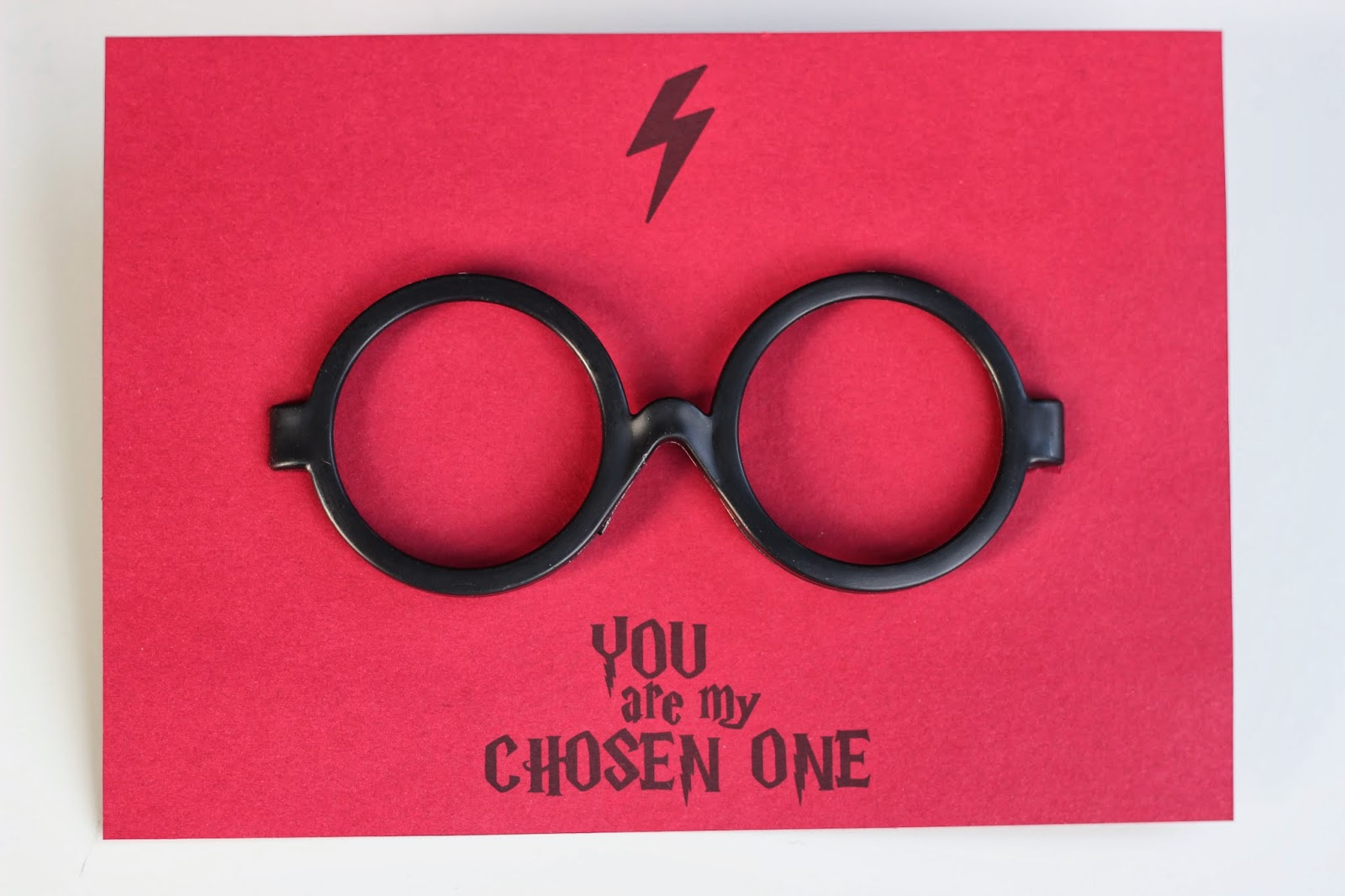 photograph about Harry Potter Glasses Printable named HARRY POTTER VALENTINES CARD (Free of charge PRINTABLE)