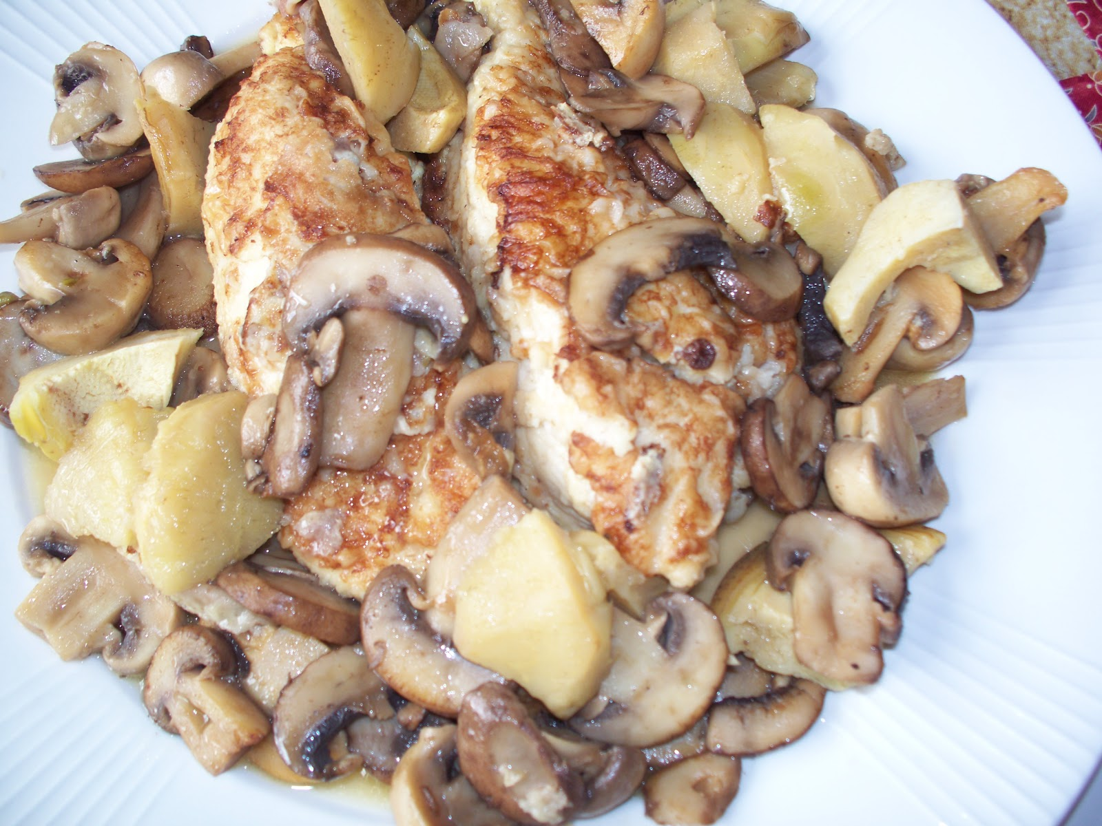 THE FOOD OF LOVE: CHICKEN WITH MUSHROOMS AND ARTICHOKES