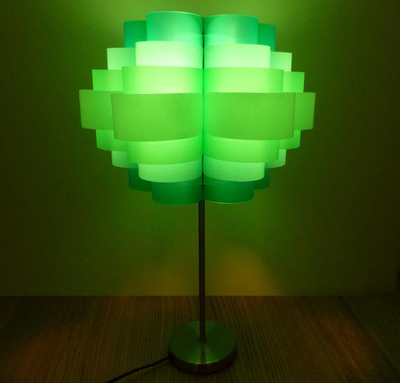 Luminária reutilize pet