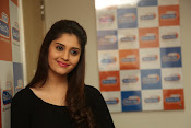 surabhi latest gorgeous looking pics-thumbnail-5