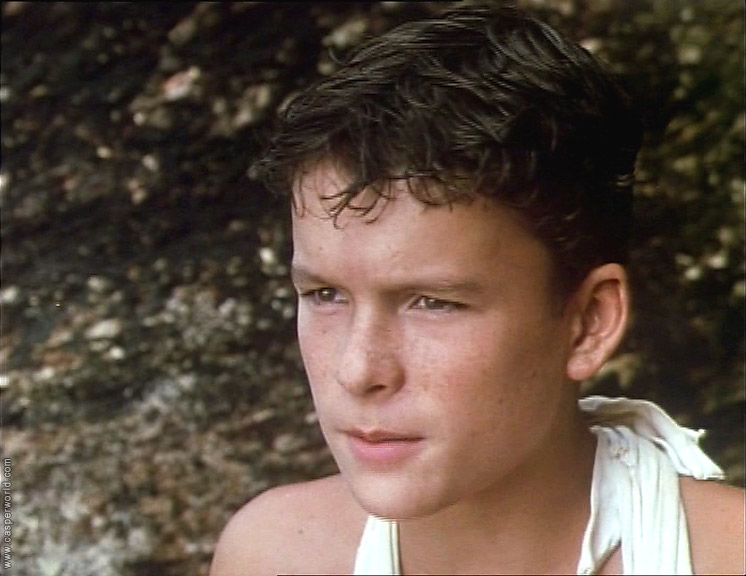 ralph in lord of the flies Title: lord of the flies (1990) 64 /10 want to share imdb's rating on your own site use the html below you must be a registered.