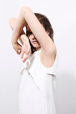 Blouse, geometrical white