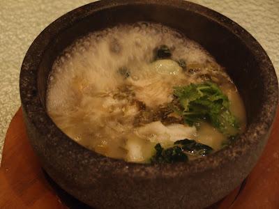 石锅酸菜鱼片煲