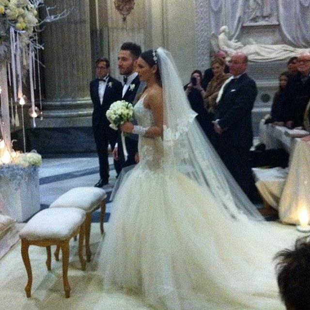 Matrimonio In Dicembre : Oggi sposi nicole murgia