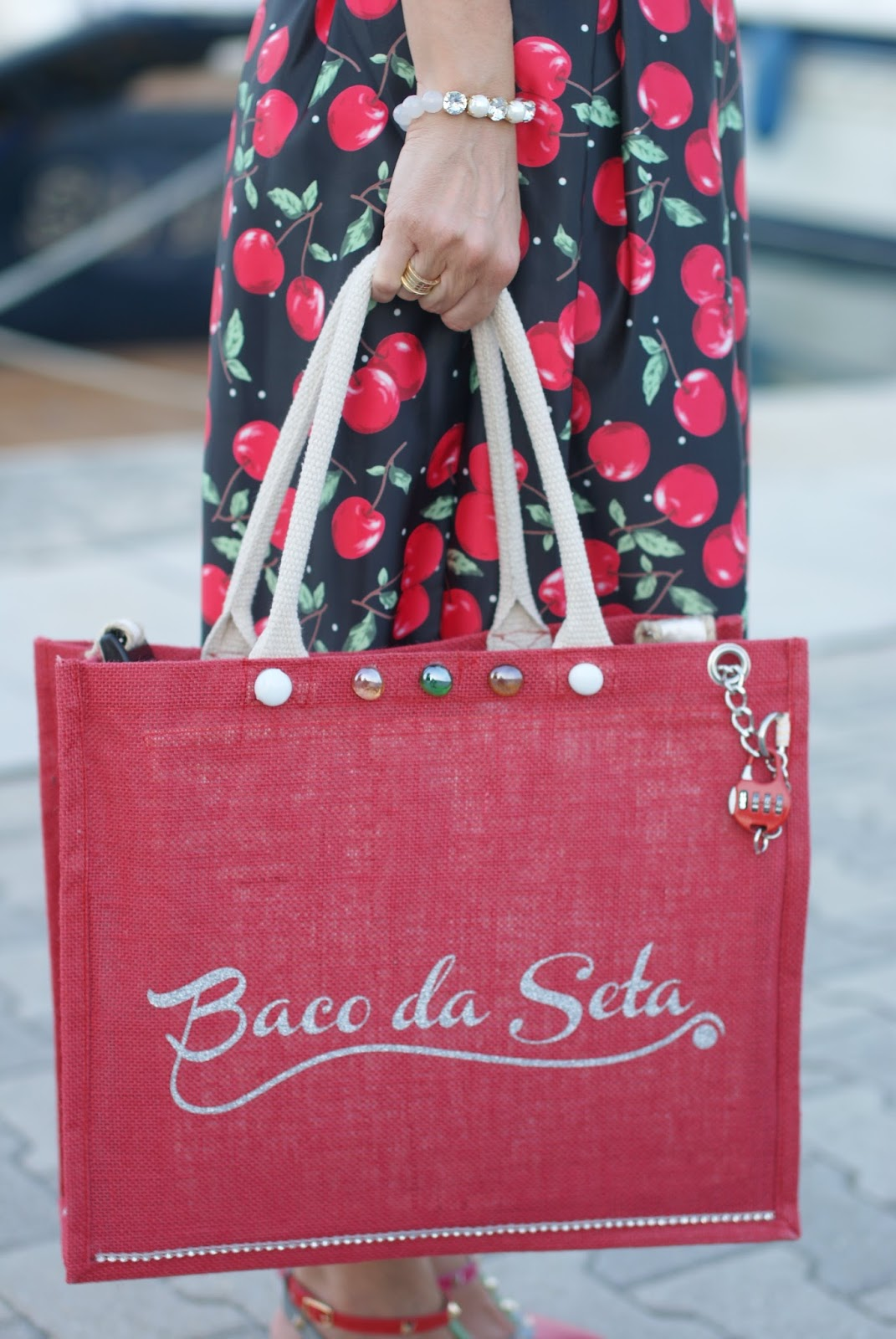 Baco da Seta Ideas anti-theft bag, borsa antifurto, jute bag and Luca Barra bracelet on Fashion and Cookies fashion blog
