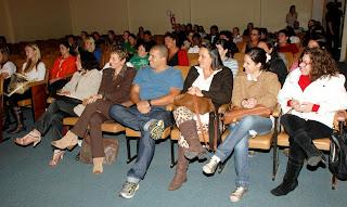 Público na abertura dos cursos do Projeto Florescer, iniciativa da Prefeitura coordenada pela Secretaria dos Direitos da Mulher para capacitação e inserção das mulheres no mercado de trabalho