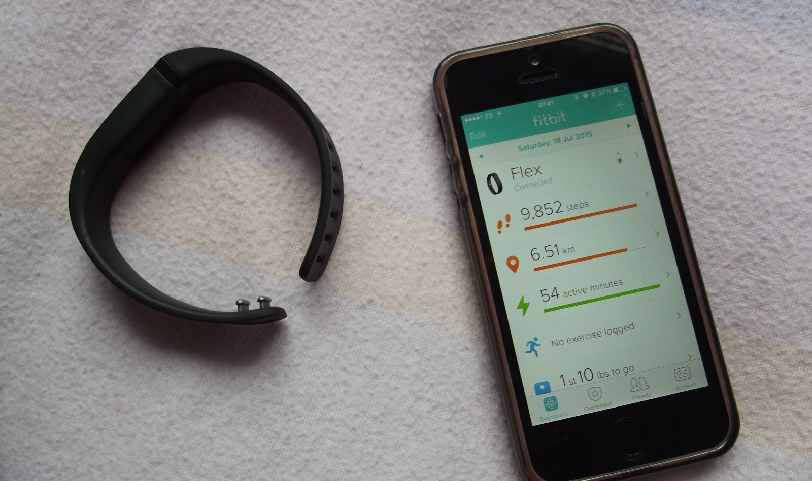 how to connect fitbit flex to iphone