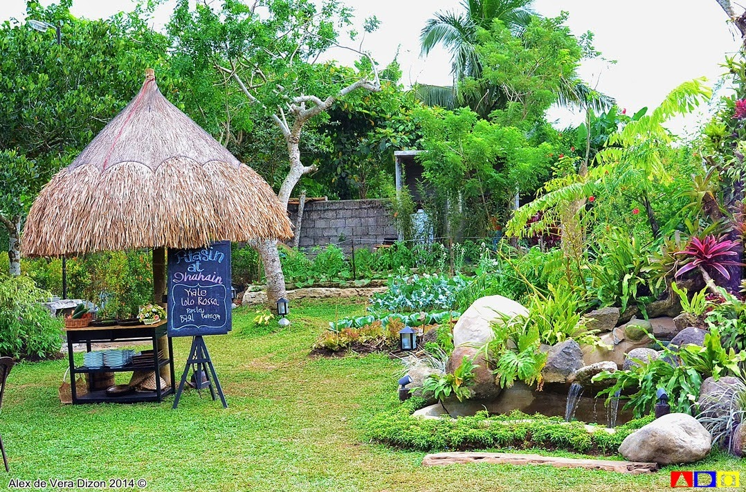 Aside From Dining In, Guest Can Also Enjoy Harvesting Fresh Herbs And  Vegetables From The Small Garden Located At The Far End Of Gabriela.