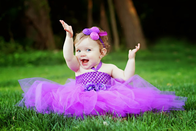 16273-Perfect Baby With Beautiful Purple Dress HD Wallpaperz