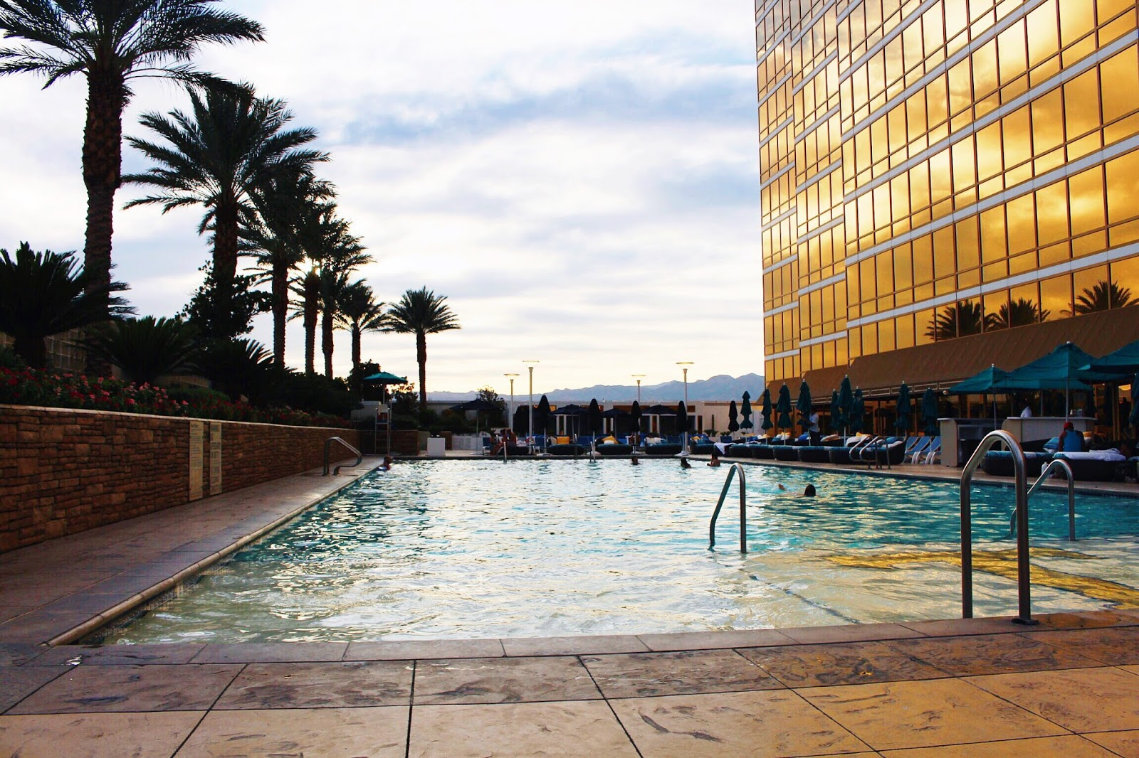 trump international hotel las vegas pool