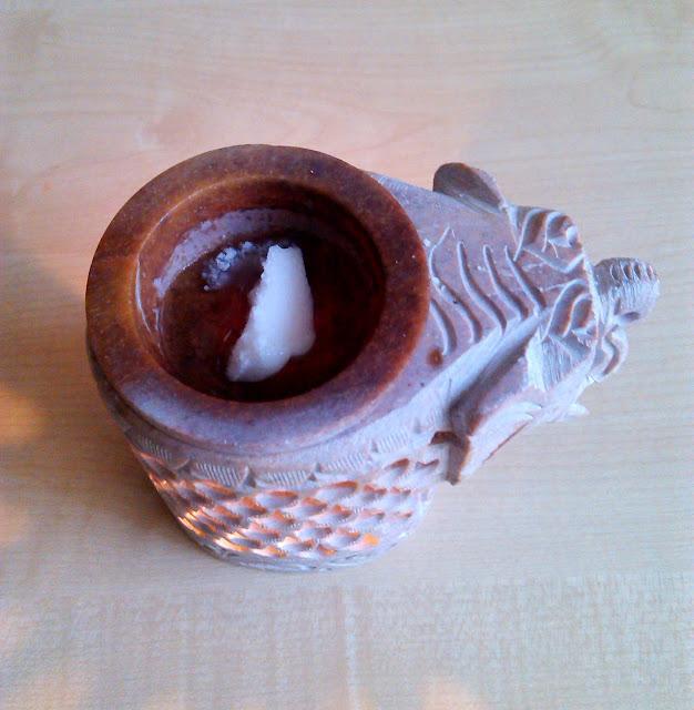 Kominek z kamienia mydlanego