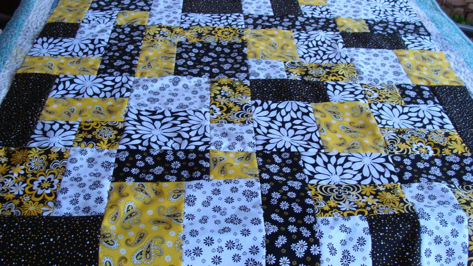 Yellow Brick Road Quilt Pattern Free Simple Design