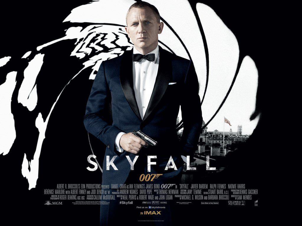 el cine de hollywood skyfall ilumina el 50 aniversario de la franquicia bond. Black Bedroom Furniture Sets. Home Design Ideas