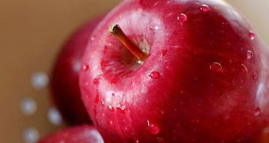 https://www.daysoftheyear.com/days/eat-a-red-apple-day/