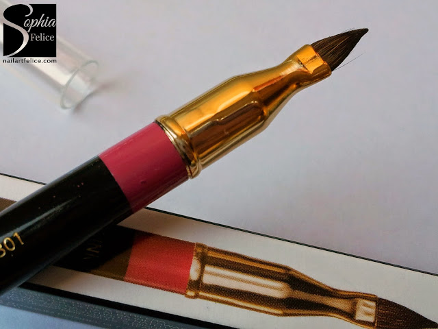 Joan Collins Timeless Beauty - matita 04