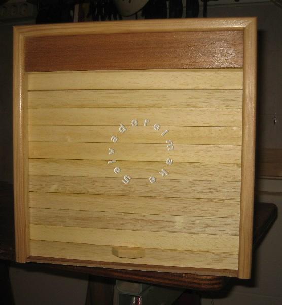 Bricolaje y modelismo mueble con puerta de persiana - Persianas para armarios ...