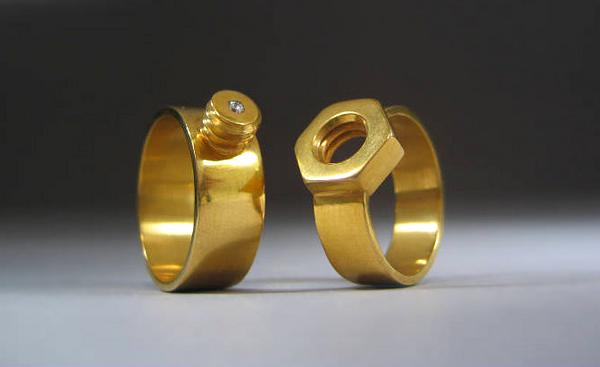 Cincin Cantik dan Unik