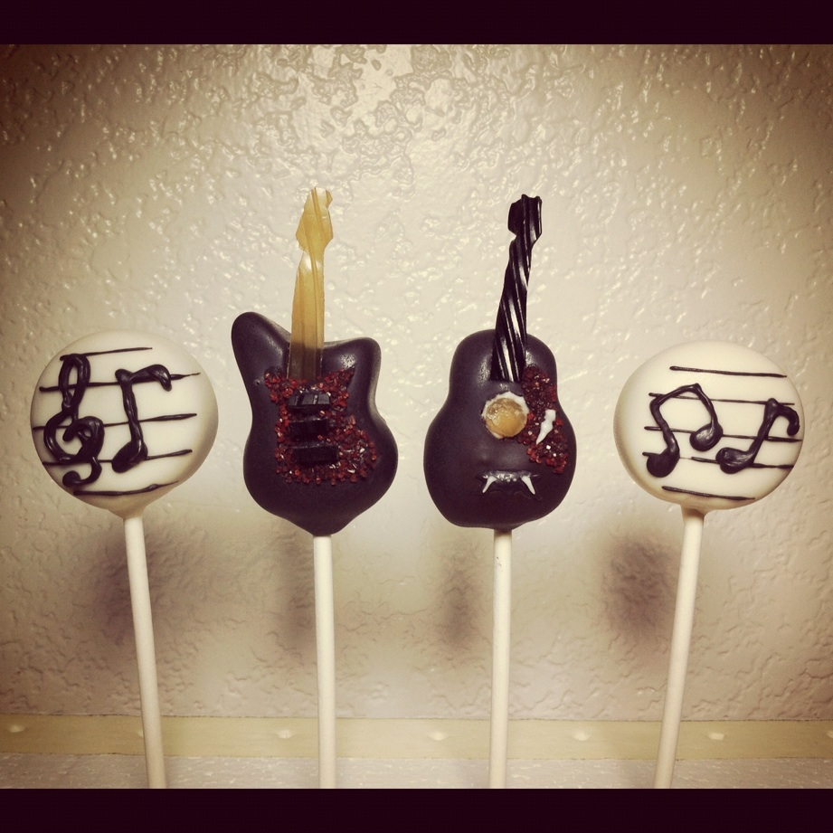 Vypassetti Cake Pops Guitars
