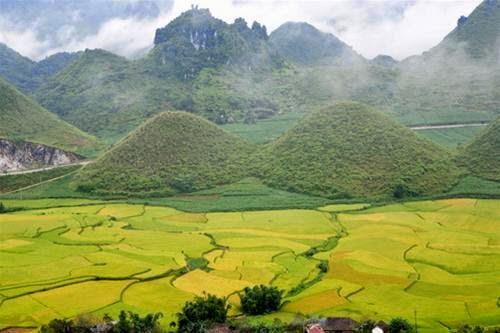 Hà Giang - Cao nguyên đá Đồng Văn - Núi đôi Quản Bạ 4 ngày 3 đêm