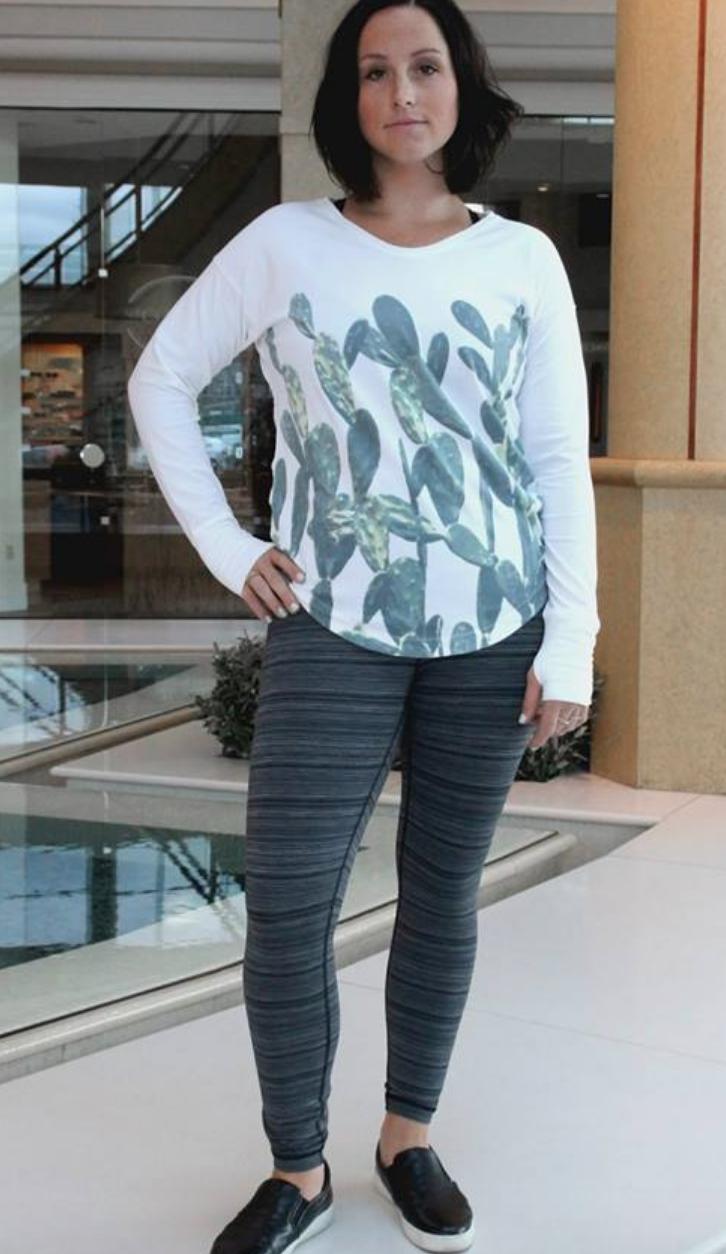 http://www.anrdoezrs.net/links/7680158/type/dlg/http://shop.lululemon.com/products/clothes-accessories/pants-yoga/High-Times-Pant?cc=17371&sli=1