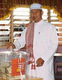 Mat Razi Calon BN Menang PRK Pengkalan Kubor