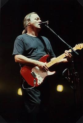 Nouvelle galerie photos de Gilmour et le Floyd sur le site de Feelingfloyd 999274_523608164372707_367350899_n