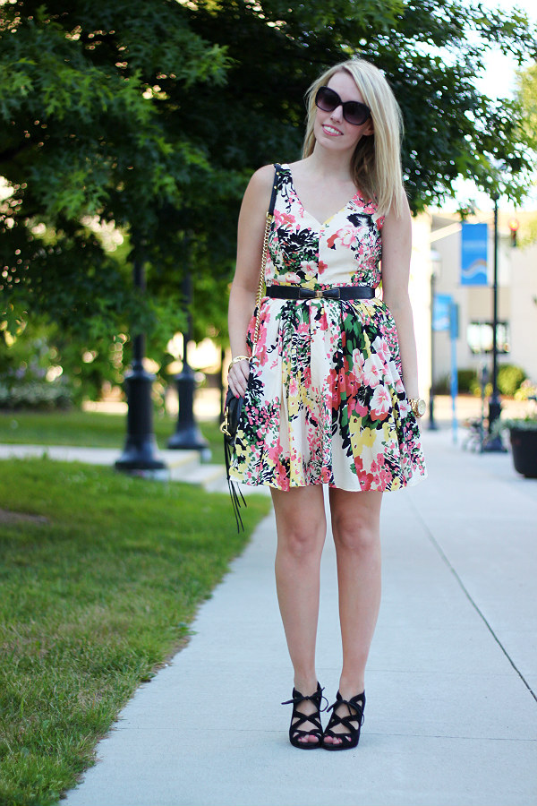 darling, darling uk, darling ashley dress, floral party dress, what to wear to a summer wedding, canadian fashion blogger