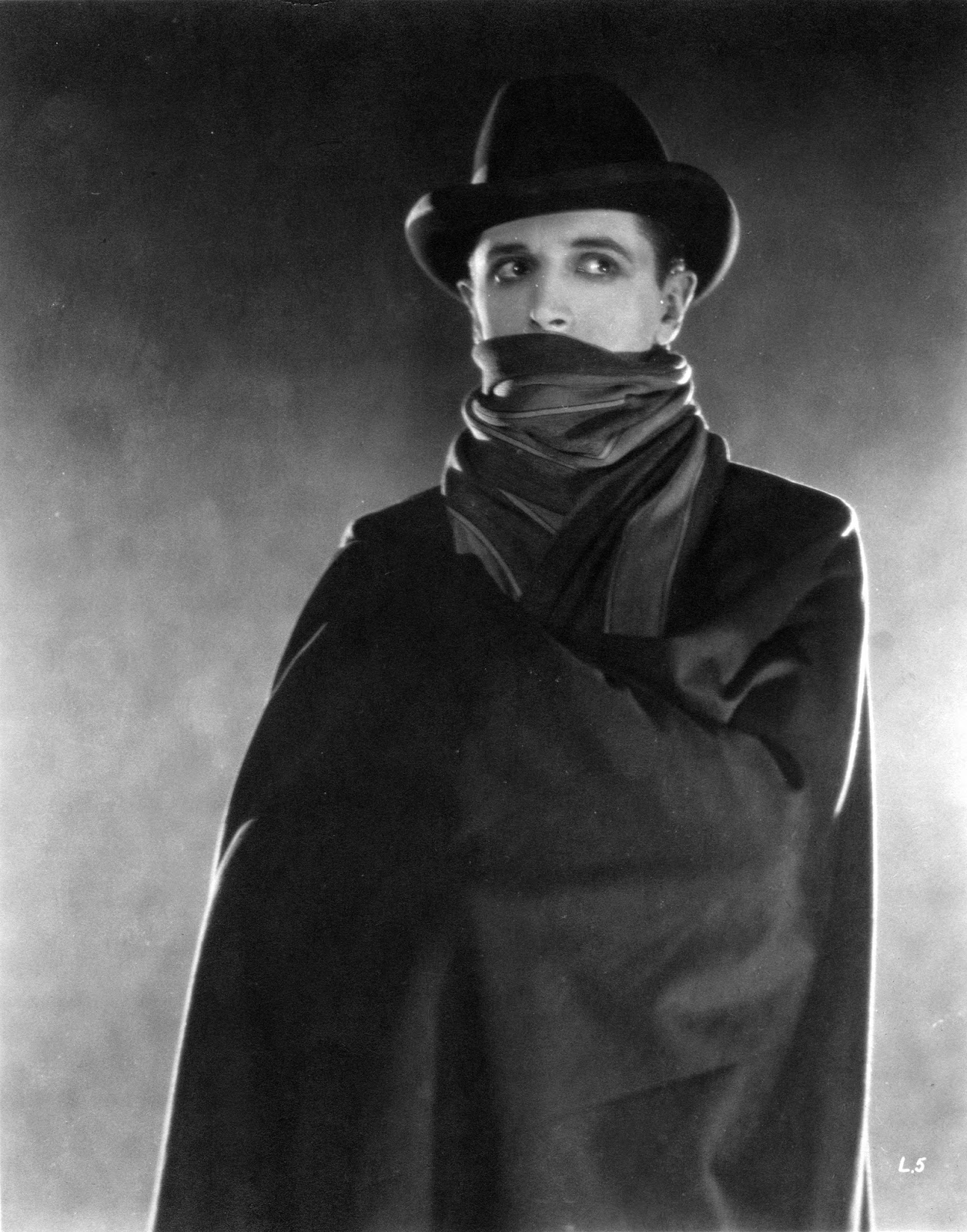 The Lodger Starring Ivor Novello as Jack The Ripper