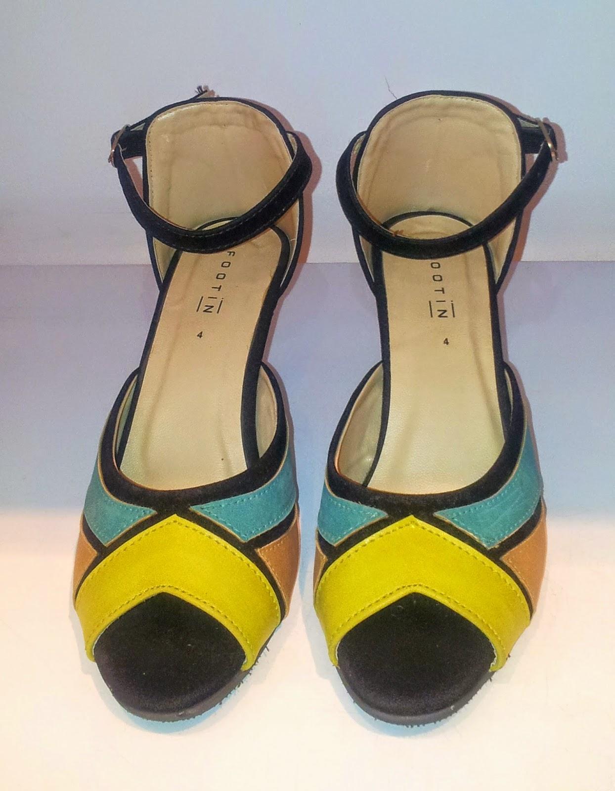 Stylish Colour-Block Peep-Toe Ankle Strap Sandals in Teal e12a71de19762