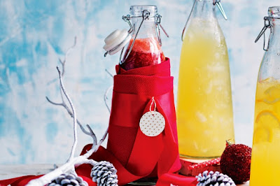 Raspberry and lemon cordial Recipe
