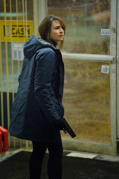 Mia Maestro as Dr. Nora Martinez in the store in The Strain Season 1 Episode 8 Creatures of the Night