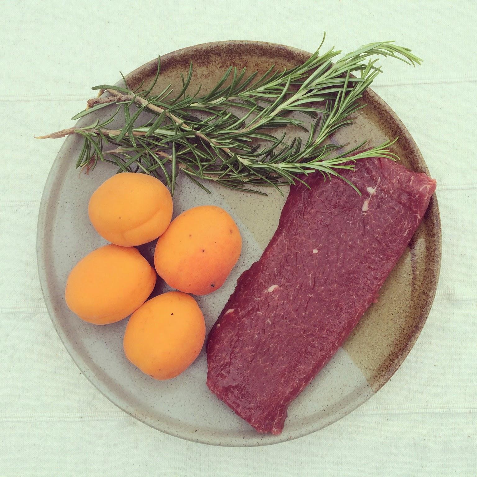 brochettes agneau abricots romarin