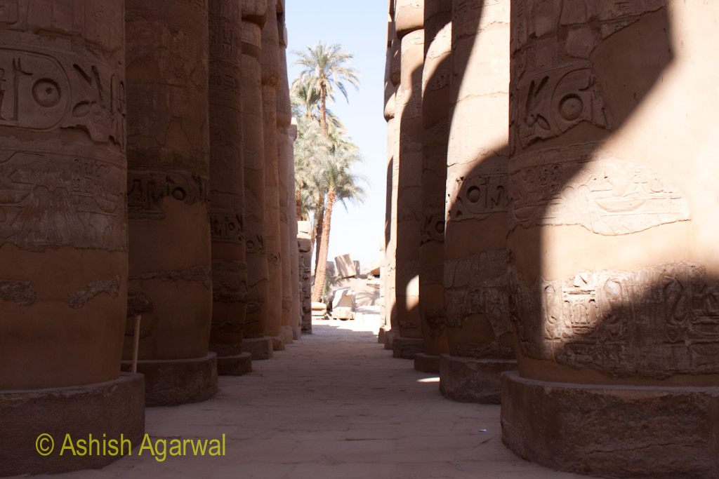 Gap between the pillars and some section of ruin at the end in the Hypostyle Hall