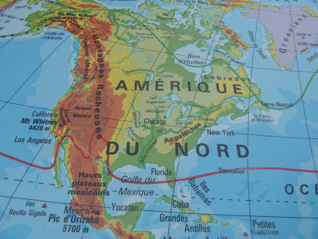 French vintage pull down world map online store