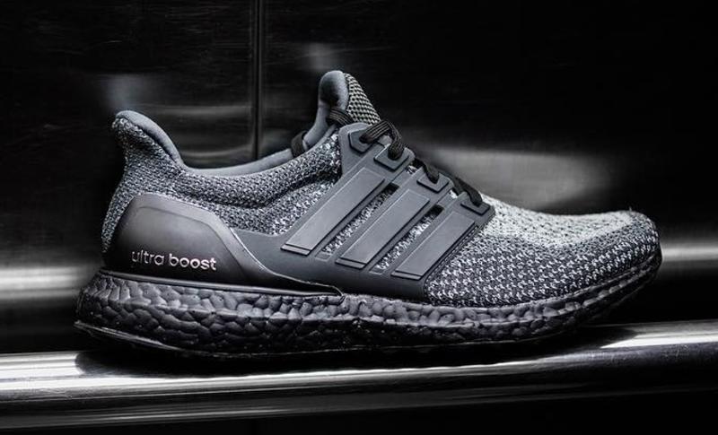 Adidas Ultra Boost Black V2