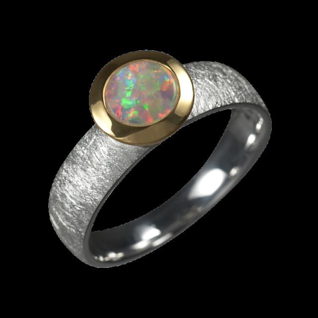Opal Ring mit Edelopal