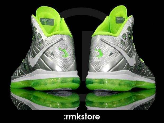 """lebron 8 v1. Nike LeBron 8 V1 """"Dunkman"""""""
