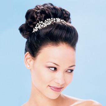 Peinados a la moda peinados con mo os para novias elegantes for Monos novia