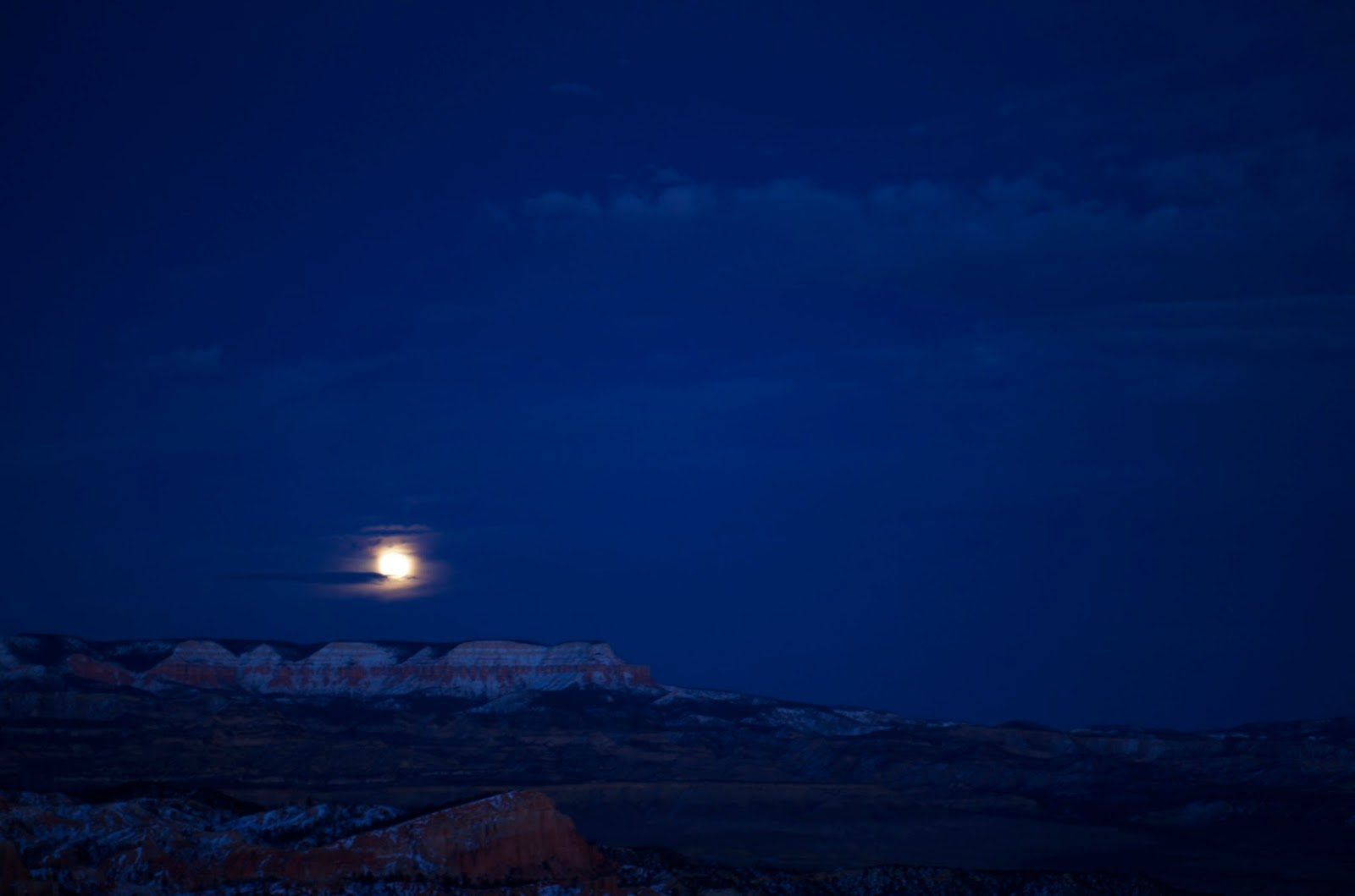 Moonrise at Bryce Canyon