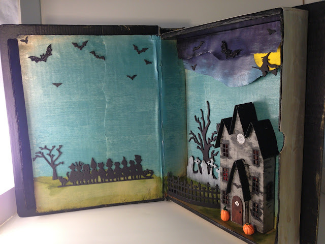 Halloween Book house standing upright
