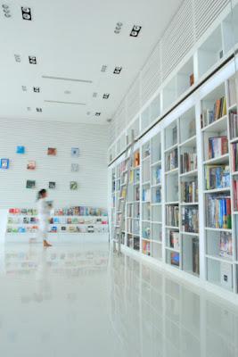 hotel+library-thelib2.JPG