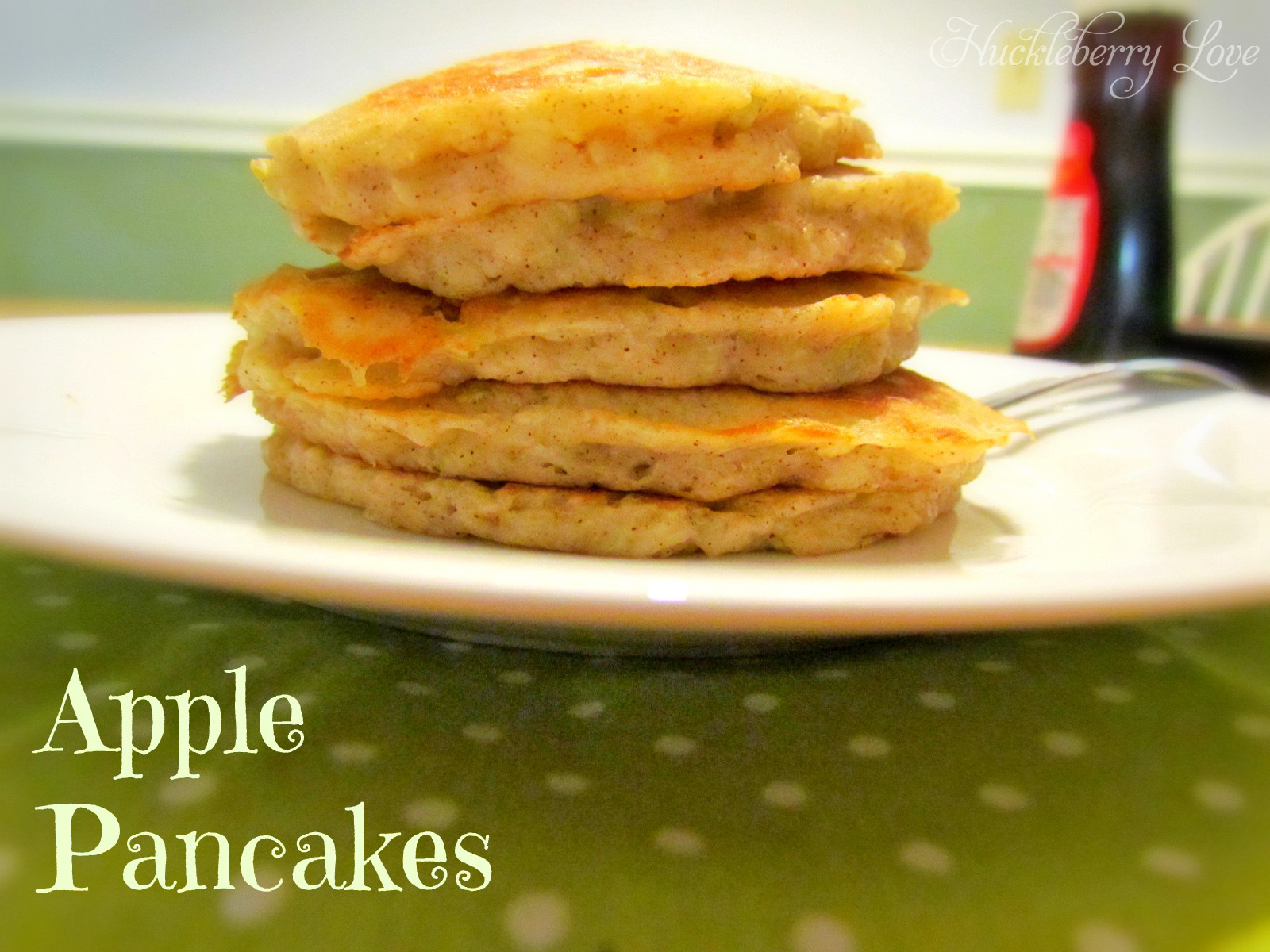 Apple Pancakes {Recipe}