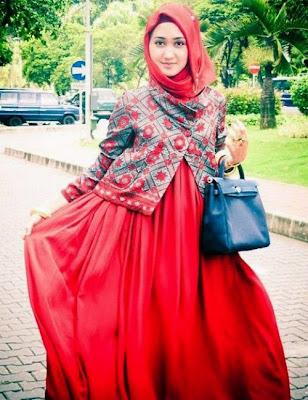 Contoh Model Baju Gamis Ala Dian Pelangi