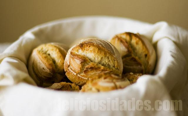 deliciosidades - bollitos de pan de trigo