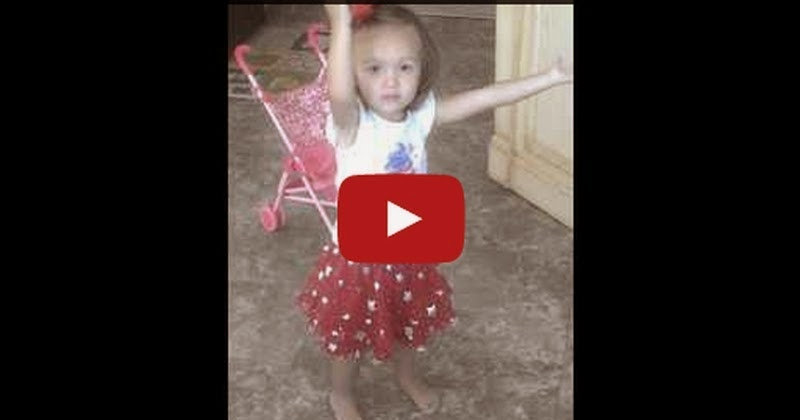 2 year-old Ava praising and singing 10,000 Reasons (Bless the Lord) by Matt Redman - So Cute ! - Must Watch Video