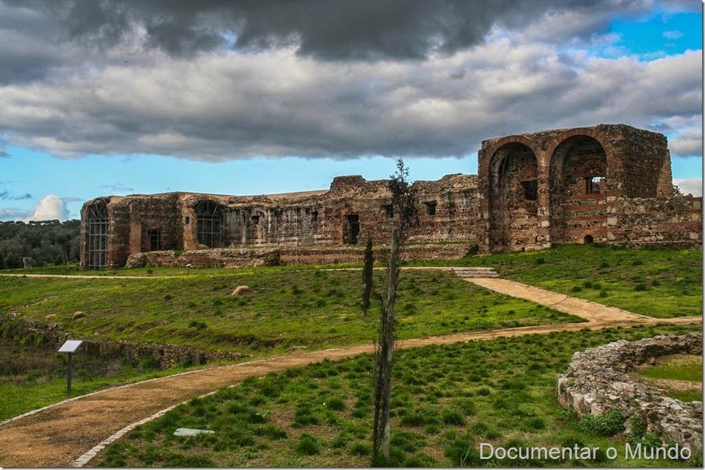 Ruínas do Convento de São Cucufate, Vidigueira, Alentejo