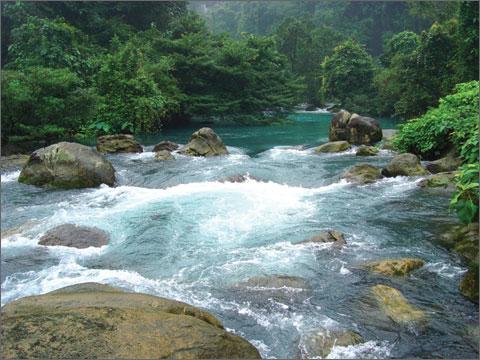 Suối Moọc - Quảng Bình