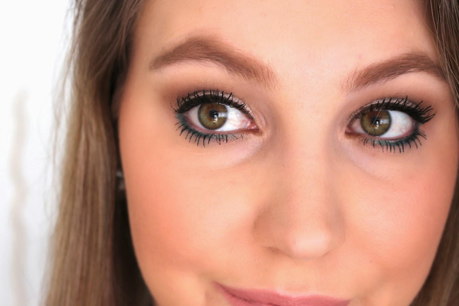 pop-of-color-eye-makeup-look-10
