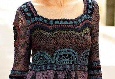 Vestido de Crochet Colorido y Elegante